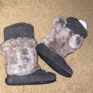 💰⬇️RARE!Minnetonka Real Rabbit Fur Furry Boots